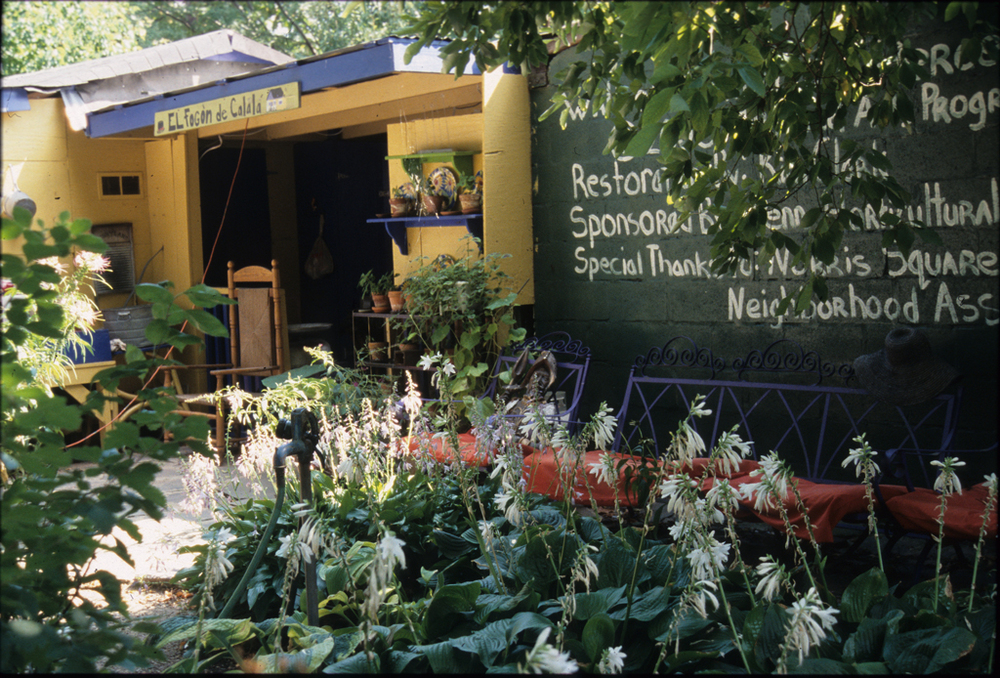 """""""La Casita"""" (the little house"""") at Las Parcelas community garden is reminiscent of housing in pre-WWII Puerto Rico. It is used as an educational space within the garden. Ann Reed, photographer, 2007. Smithsonian Institution, Archives of American Gardens, Garden Club of America Collection."""