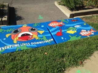 Sewer lid painting